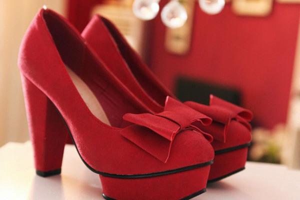 Красные туфельки